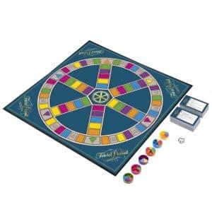 Utilisez les cartes du trivial pursuit pour créer vos jeux de questions / réponses érotiques.