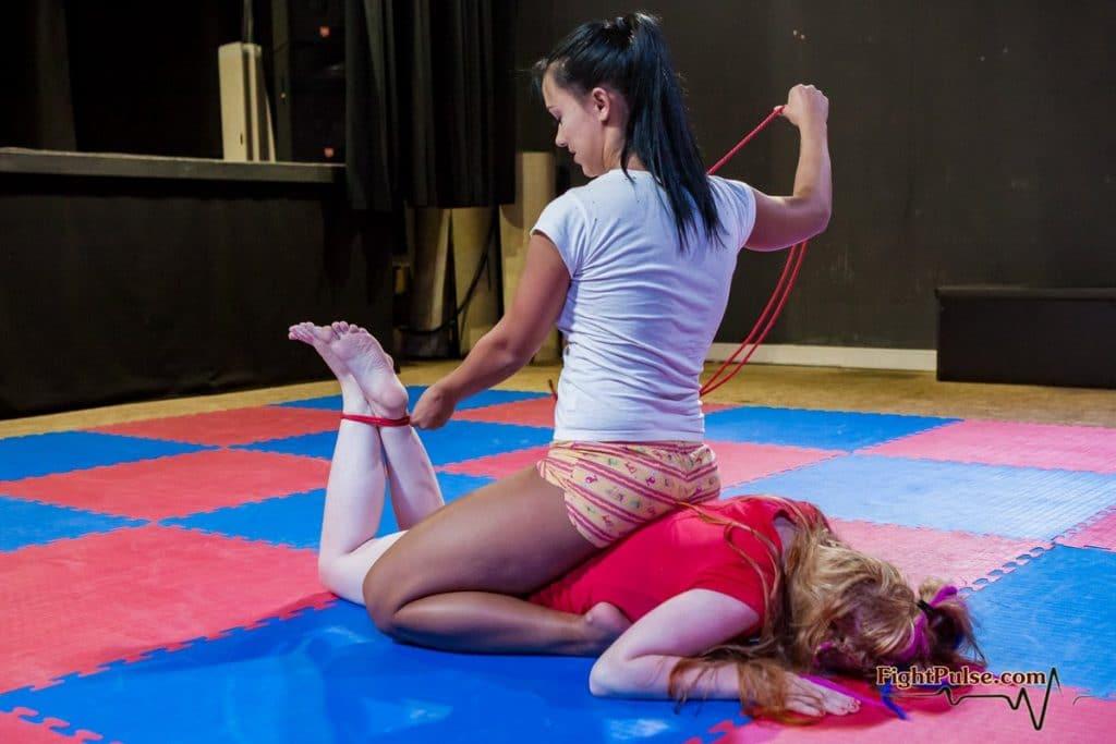 la lutte, une autre pratique sado maso